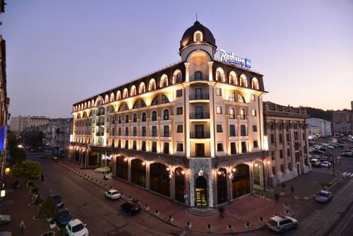 Best hotel to get free loyalty member reward nights in Kiev : Radisson Blu Hotel Kyiv Podil